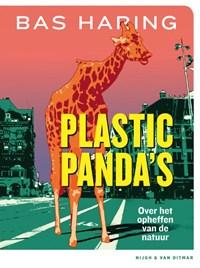 Plastic panda's | Bas Haring |