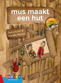 mus maakt een hut   Marco Kunst  