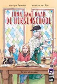 Luna gaat naar de heksenschool   Monique Berndes  