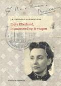 Lieve Eberhard, in antwoord op je vragen | J.P. van der Laan-Boelens ; Femke van der Laan |