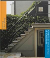 Behind the facades | Renate Dorrestein ; K. Kleijn |