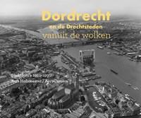 Dordrecht en de Drechtsteden vanuit de wolken   Niels Dekker  