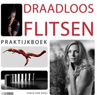 Praktijkboek draadloos flitsen   Sonja Van Driel  