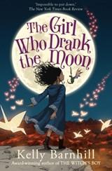 Girl who drank the moon | Kelly Barnhill | 9781848126473