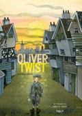 Oliver Twist   Charles Dickens ; Tiny Fisscher  