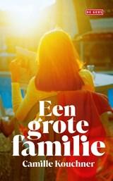 Een grote familie   Camille Kouchner   9789044545470