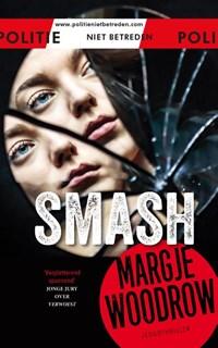 Smash | Margje Woodrow |