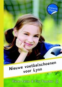 Nieuwe voetbalschoenen voor Lynn | Pieter Feller |